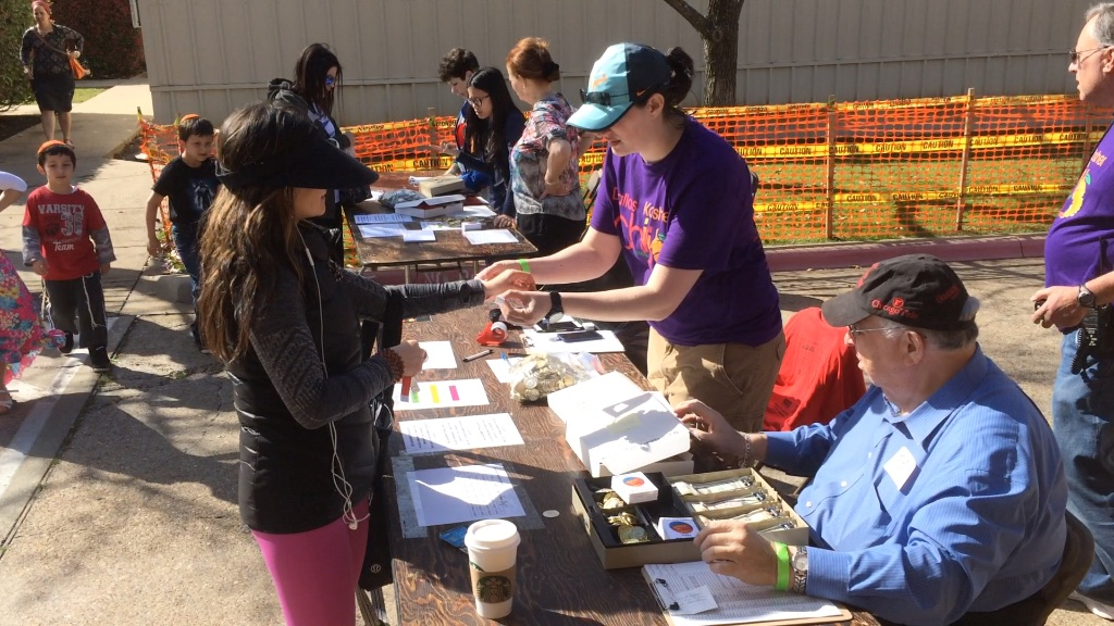 volunteers at gate